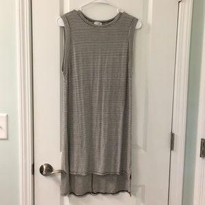 ⭐️New item⭐️Black & white swing dress